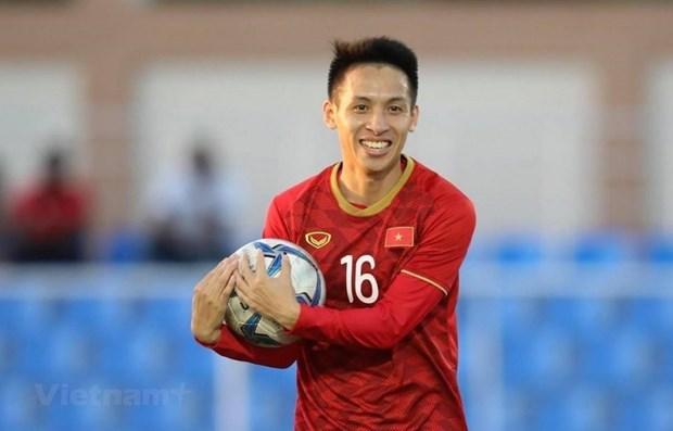 东盟各国足球明星鼓励人们在新冠肺炎疫情期间保持健康的生活方式 hinh anh 1