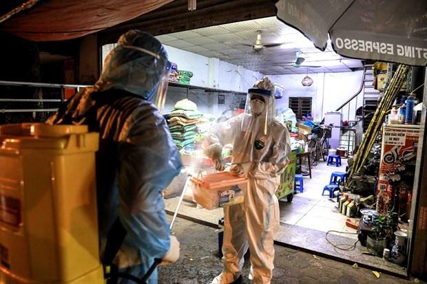 新冠肺炎疫情:河内和岘港市新增9例确诊病例 hinh anh 1