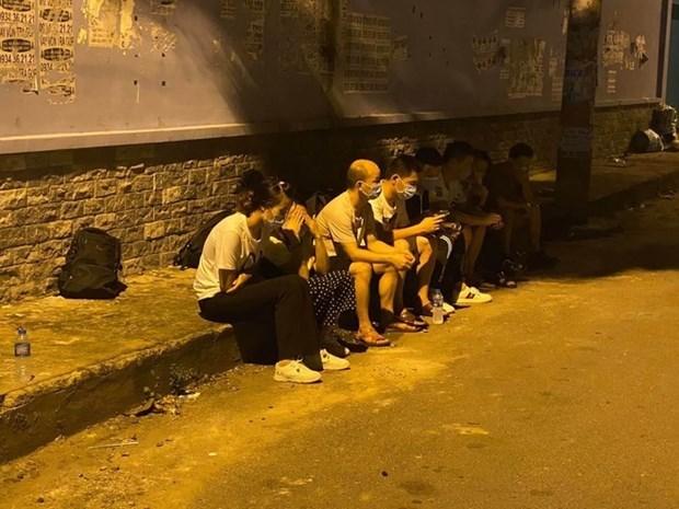 胡志明市暂时拘留11名非法入境的外国人 hinh anh 1