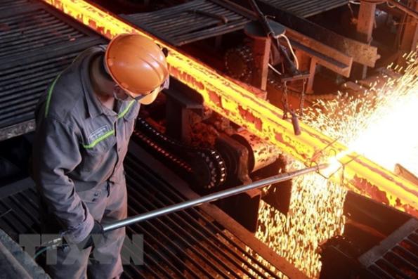 今年7月份越南和发集团的钢铁出口量同比翻了一番 hinh anh 1