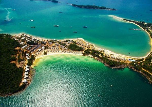 促进富国岛发展成为国际级优质旅游服务中心 hinh anh 1