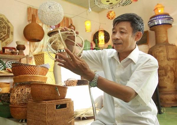 """河内市努力实现发展""""一乡一品""""产品与发挥传统手工艺村价值并行 hinh anh 2"""