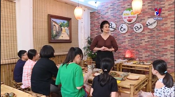 河内厨艺努力向年轻一代传授越南饮食文化 hinh anh 1