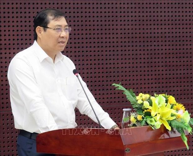 新冠肺炎疫情:岘港市准许各工程和项目复工 hinh anh 1