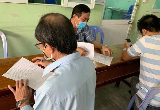 新冠肺炎疫情:从20日起胡志明市加强对来自各疫区的人员进行健康申报 hinh anh 1
