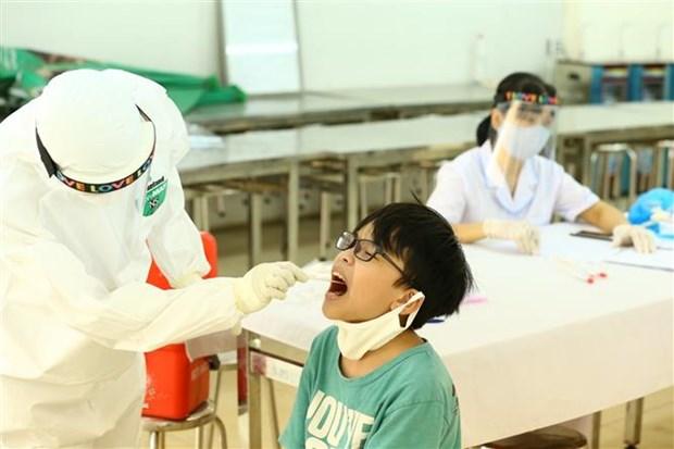 新冠肺炎疫情:越南已对100万多份样本进行实时荧光PCR检测 hinh anh 1