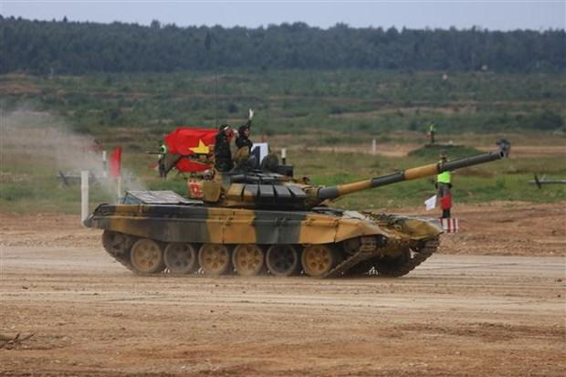 """国际军事比赛-2020:越南参赛队在""""坦克两项""""比赛第二组名列第二 hinh anh 2"""