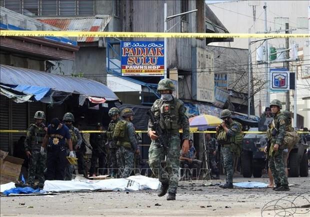 菲律宾发生两起爆炸袭击 至少15人死亡 hinh anh 1