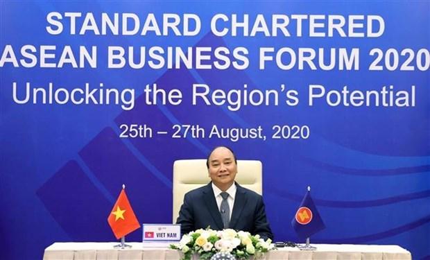 越南政府总理阮春福出席2020年渣打银行东盟商业论坛 hinh anh 1