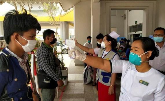 新冠肺炎疫情:柬埔寨允许部分城市公立学校复课 缅甸全国各所学校关闭 hinh anh 2