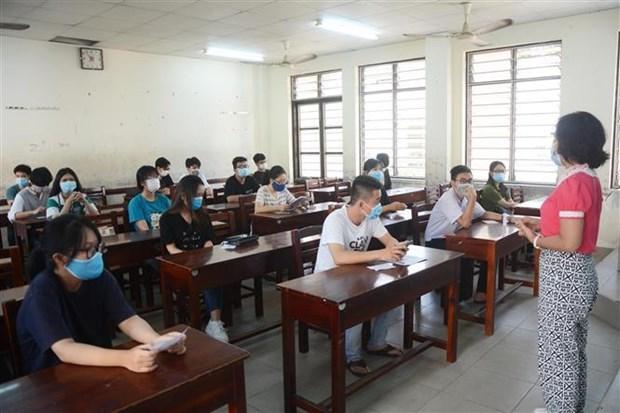 岘港市参加第二阶段高中毕业考试的所有考生新冠病毒检测结果均呈阴性 hinh anh 1