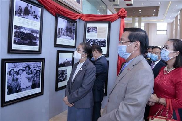 庆祝越南国庆75周年活动陆续在老挝和文莱等东南亚国家举行 hinh anh 1