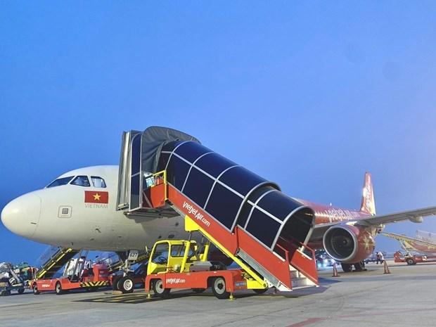 越捷航空在疫情时期中正式自主负责地面服务 hinh anh 2