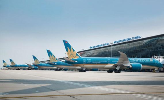 自9月15日重新开放常规国际航线计划暂缓 hinh anh 1