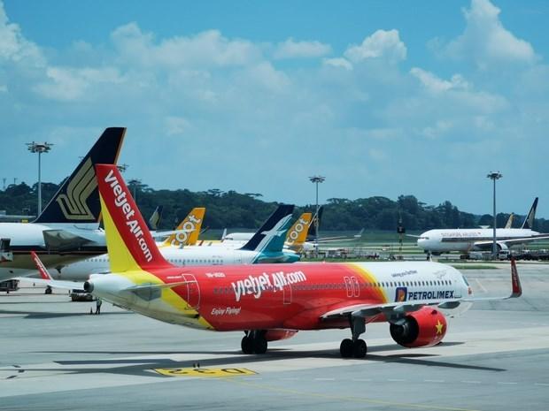 越捷重新开放部分国际航线 把旅客送到安全目的地 hinh anh 1