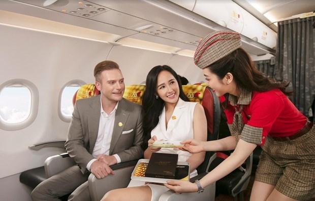 越南各家航空公司重新开放多条境内外航线 hinh anh 1