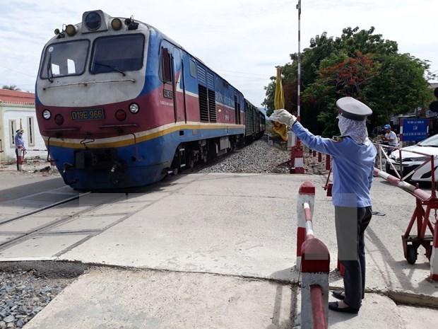 铁路客运量和货运量大幅下降 数千名员工被下岗 hinh anh 1