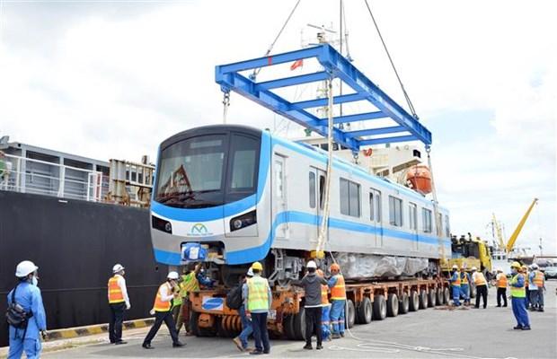 胡志明市地铁一号线的首批车厢已运抵胡志明市 hinh anh 1