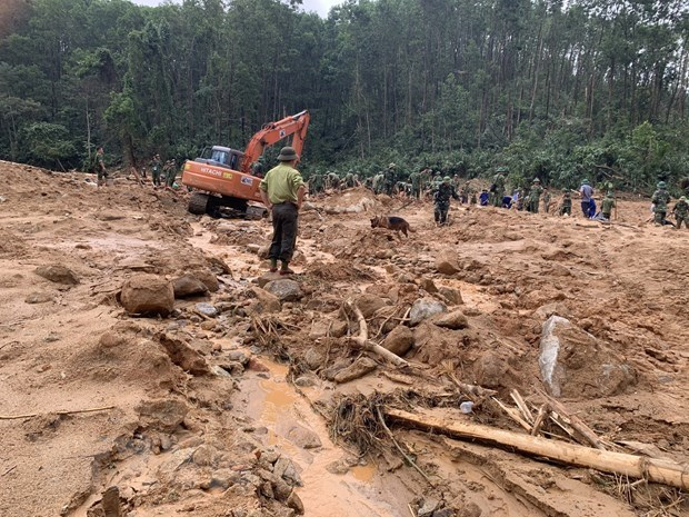 政府总理下发有关克服67号小区和捞庄三号水电站山泥石流后果的通知 hinh anh 2