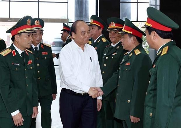 阮春福总理:调动一切力量和设备开展抢险救援工作 hinh anh 1
