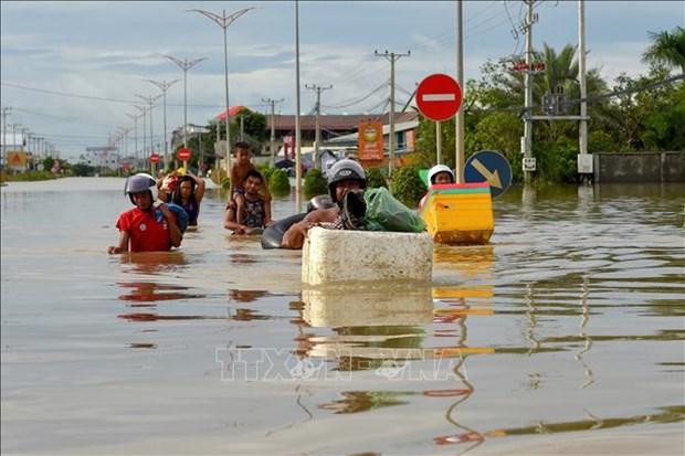 越南政府总理就柬埔寨水灾造成严重的人员和财产损失向洪森致慰问电 hinh anh 1
