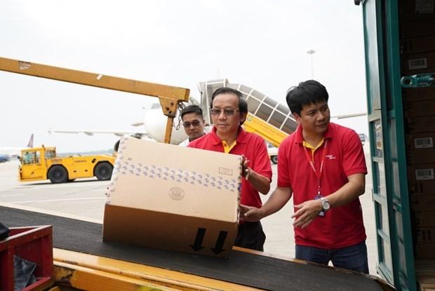 越捷将救援物资和人员免费运送至洪灾地区 hinh anh 1