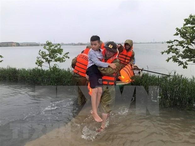 中部地区洪涝和泥石流灾害已致102人死亡 26人失踪 hinh anh 1