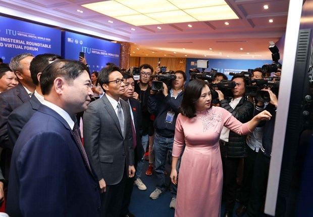 政府副总理武德儋出席国际电联2020年世界数字电信展览会 hinh anh 3