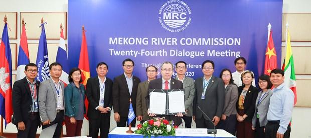 中国与湄公河委员会签署全年水文数据共享协议 hinh anh 2