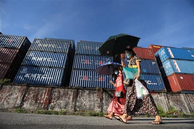 新冠肺炎疫情:马来西亚将其首都吉隆坡的部分封锁延长两周 hinh anh 2