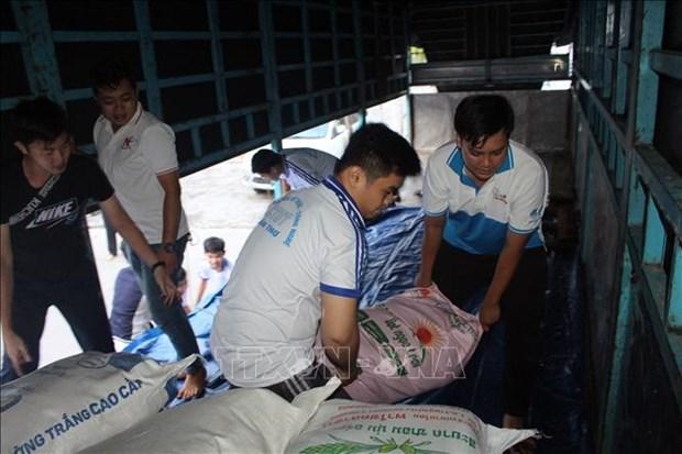 政府总理决定向中部四省额外发放6500吨大米 hinh anh 1