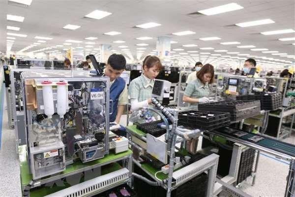 2020年前10月份全国商品出口额增长4.7% hinh anh 2