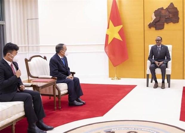 卢旺达总统希望进一步推进与越南的友好合作关系 hinh anh 2