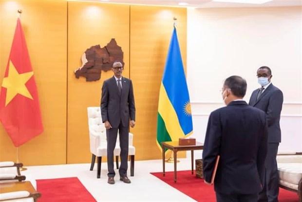 卢旺达总统希望进一步推进与越南的友好合作关系 hinh anh 1
