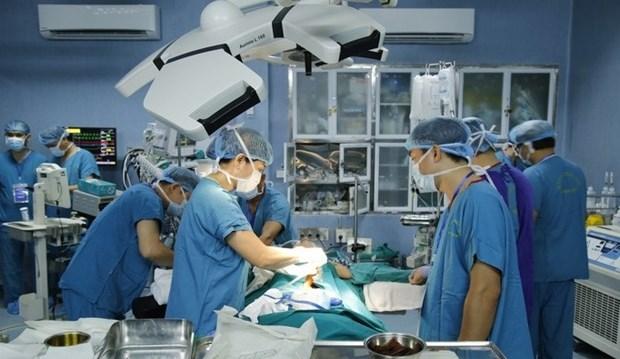 越南一家军队医院首次成功进行小肠移植 hinh anh 1