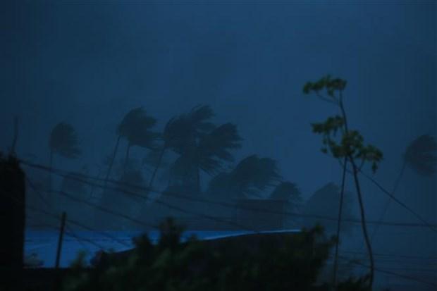 """超强台风""""天鹅""""来袭 菲律宾10人死亡3人失踪 hinh anh 1"""