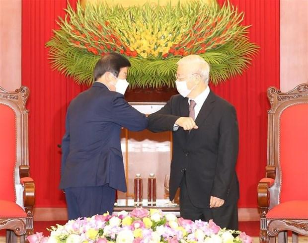 越共中央总书记、国家主席阮富仲会见韩国国会议长朴炳锡 hinh anh 2