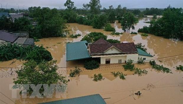 河内市向中部地区灾民提供590亿越盾 用于开展灾后重建工作 hinh anh 2