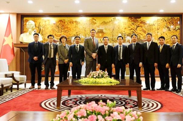 河内市促进与亚洲开发银行的合作 hinh anh 2