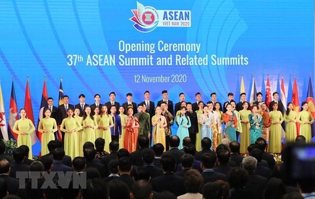 ASEAN 2020:第37届东盟峰会及相关会议正式拉开序幕 hinh anh 3