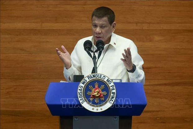 ASEAN 2020: 菲律宾重申本着国际法和平解决争端的立场 hinh anh 1