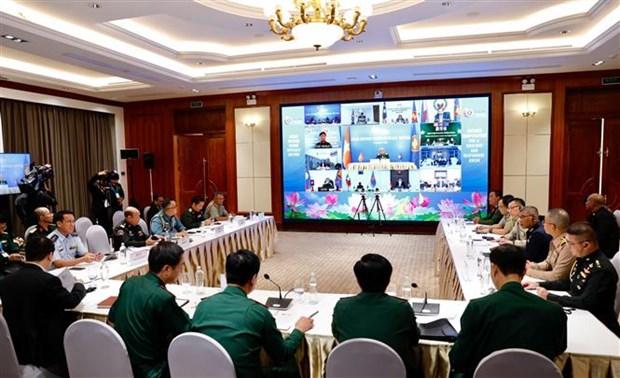 ASEAN 2020:确保东盟各国在防务合作中取得最高利益 hinh anh 2