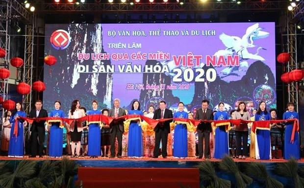 """""""2020年游历过越南各文化遗产之地""""展览会在河内正式开幕 hinh anh 1"""