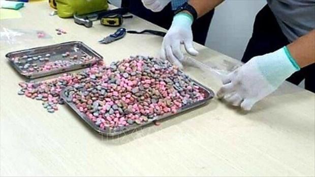 胡志明市职能力量发现快递包裹中藏有20公斤毒品 hinh anh 2