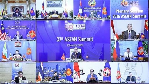柬埔寨首相对越南成功举办第37届东盟峰会表示祝贺 hinh anh 1