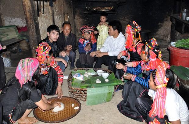 莱州省哈尼族同胞欢天喜地迎传统春节 hinh anh 1