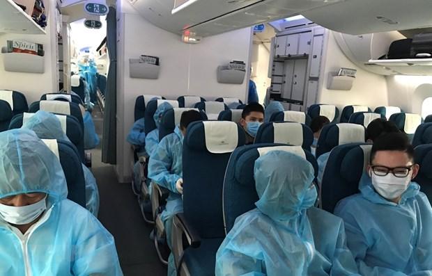 越南航空局建议安排包机航班接旅外越南公民回国 hinh anh 1