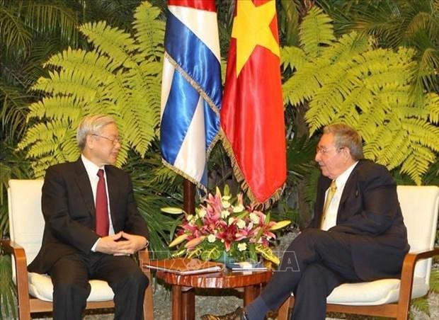 越南领导人就越古建交60周年向古巴领导人致贺电 hinh anh 1