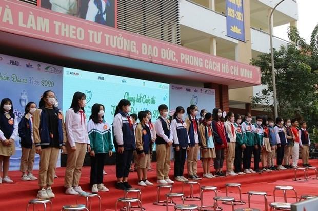"""""""寻找2020年水资源大使""""比赛吸引众多河内市初中学生的参加 hinh anh 1"""