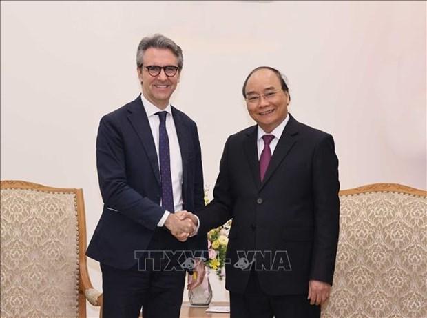 政府总理阮春福会见新西兰驻越大使和欧盟驻越代表团团长 hinh anh 2